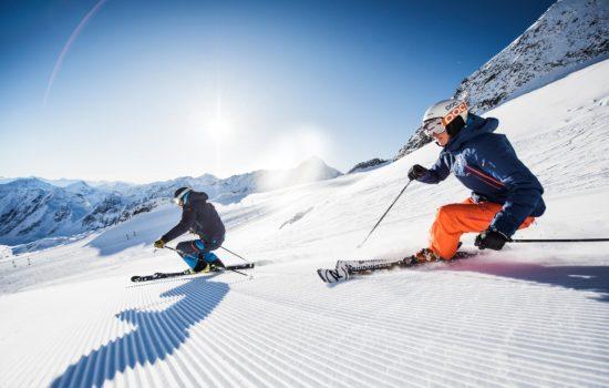 Stubaier-Gletscher, Skifahrer am Stubaier-Gletscher
