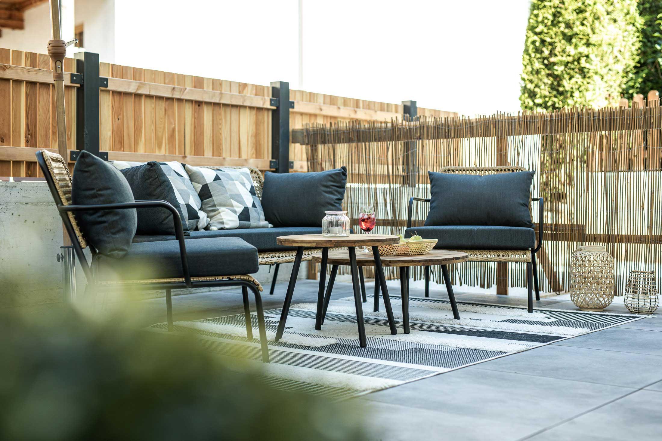 sitzgelegenheit terrasse apartment oskar